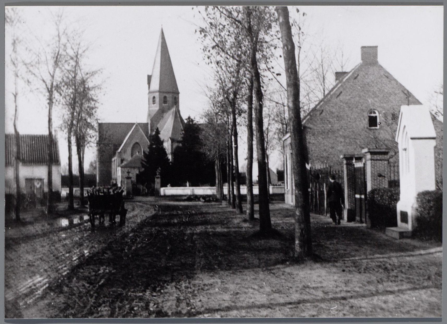 Onze-Lieve-Vrouw-Hemelvaartkerk Eksaarde